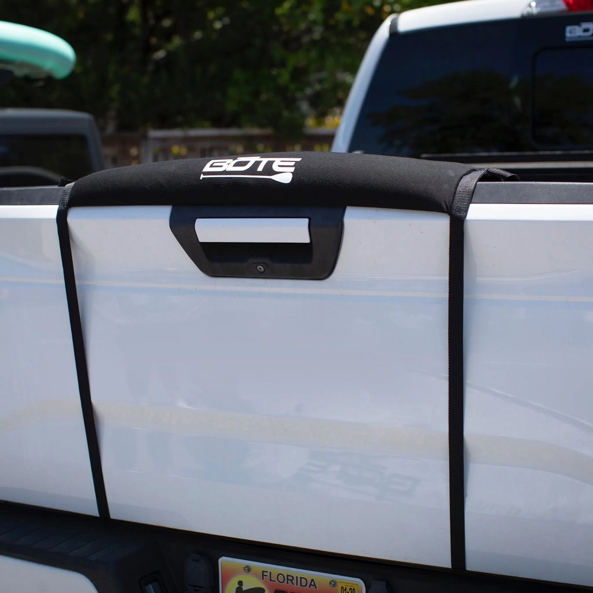 BOTE Paddle Board Tailgate Pad - Installed