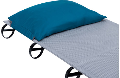 luxurylite-cot-pillow-keeper-1